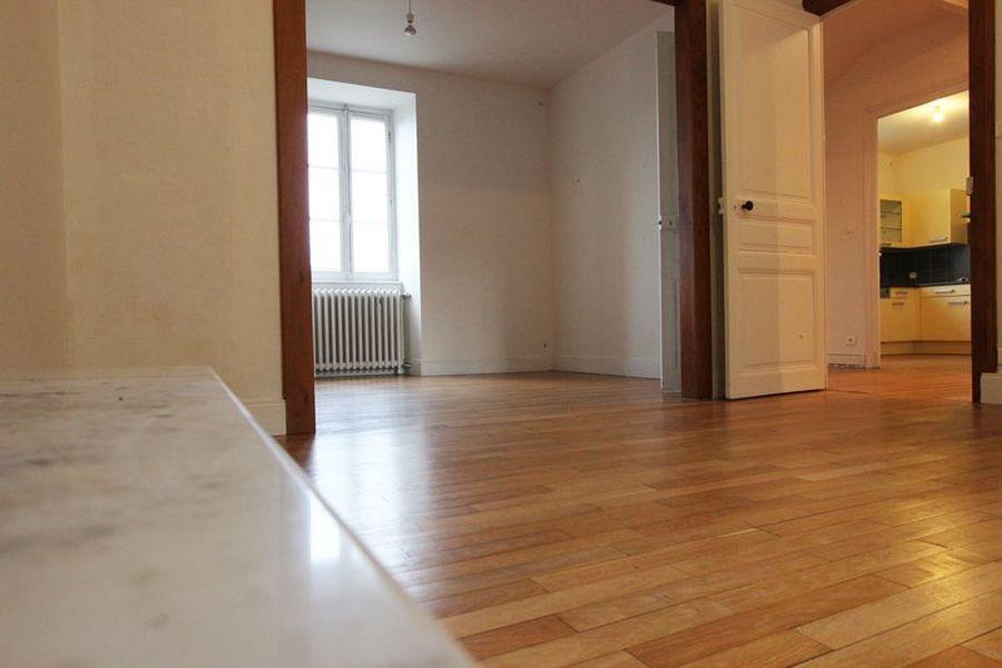 a vendre en centre ville de quimper une maison 1900 bourgeoise avec 6 chambres l 39 agence. Black Bedroom Furniture Sets. Home Design Ideas