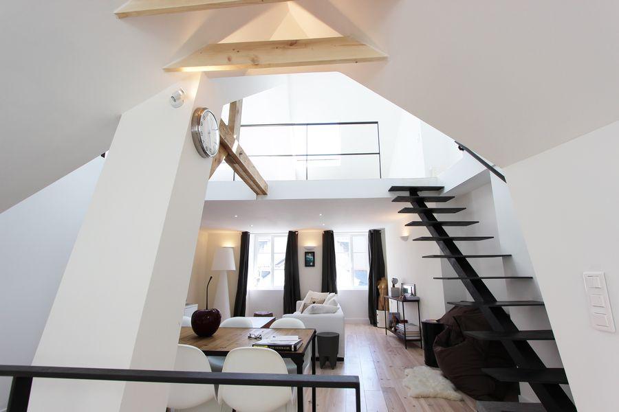 L 39 appartement loft la cath drale l 39 agence immobilier for Architecture contemporaine definition