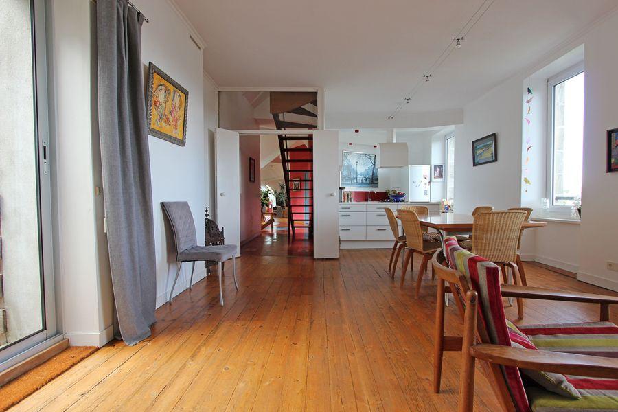 Vente maison de ville atypique au frugy quimper l 39 agence for Appartement atypique quimper